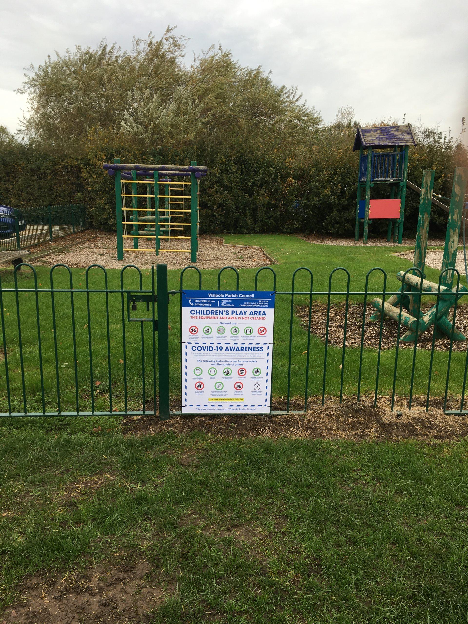 play park signage